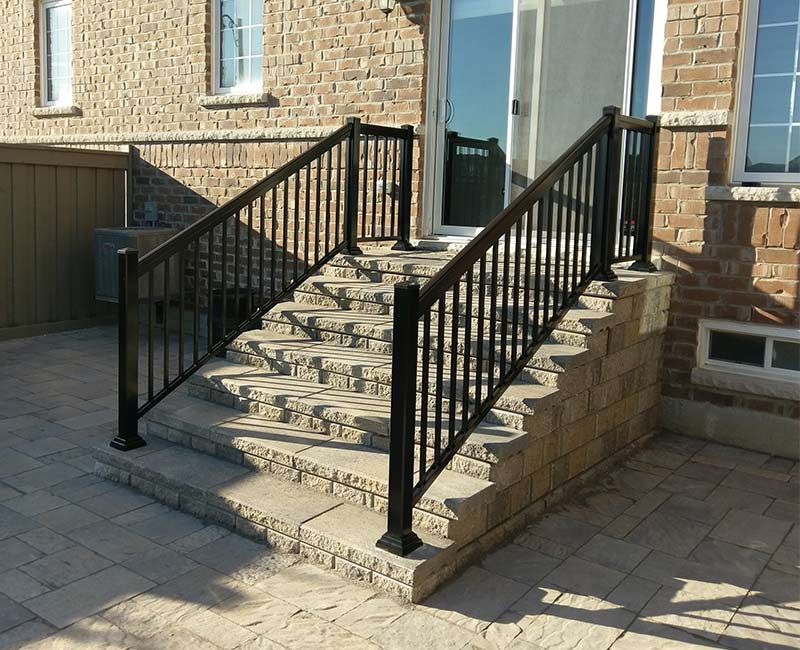 Why You Need Outdoor Railings For Your House